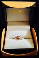 ROSE HOLD HEART DIAMOND RING, VALENTINES DAY!!