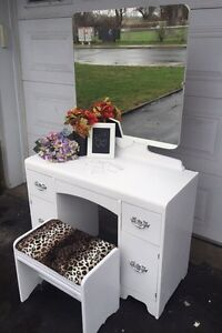 GORGEOUS White Vanity with mirroir and chair- Wood