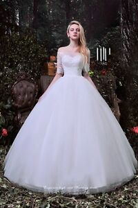 Wedding dress for sale - BRAND NEW NEVER WORN!  Cambridge Kitchener Area image 1