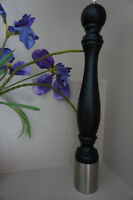 """A GIGANTIC """"PEPPER MILL"""" HOME & RESTAURANT USE~NEW!! SMOKE FREE"""
