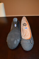 Brand new NEVER WORN size 9 Dr. Scholls shoes