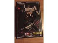 Boxed transformers megatron toy, gun version