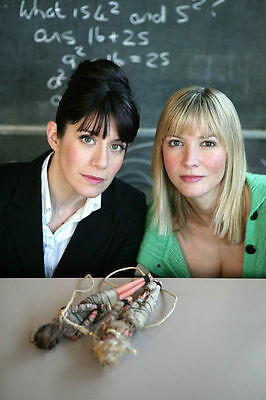 CAROLINE CATZ AND LISA FAULKNER UNSIGNED PHOTO - 142 - MURDER IN SUBURBIA