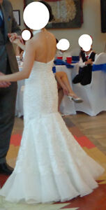 Gorgeous white lace wedding gown for petite brides - Size 0P Gatineau Ottawa / Gatineau Area image 4