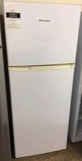 Hisense 221L Fridge and Freezer/3 months warranty Y015