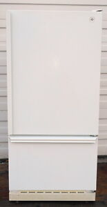 GE Fridge - Very good Condition- Freezer on bottom - $170