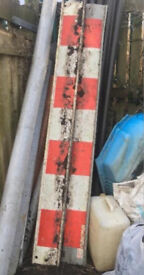 Red & White Plastic Barriers: Borders, Veg. Patches, Paths etc. £2 Each Delivery Or £1 Collect!