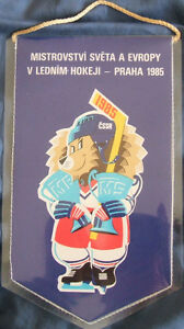 1985 World Hockey banner pennant (Prague)