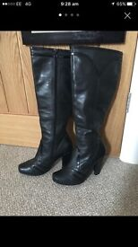 Women Hush Puppies Leather Boots 6