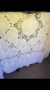 Beautifully detailed linen tablecloth. 7x6'