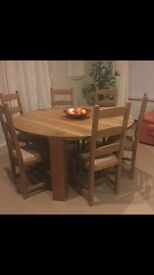 Solid oak round table & chairs