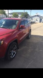 2011 Jeep Grand Cherokee badged to look like srt