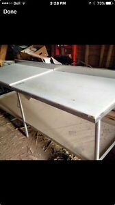 Wanted stainless steel table /cutting table