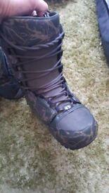 Snowboard, bindings, boots. thirty two, burton