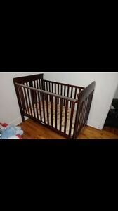 crib/bed for sale in perfect condition
