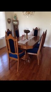 Dinning table with 6 chairs Peterborough Peterborough Area image 1