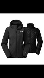 Brand New Ladies Size M Northface Triclimate Jacket