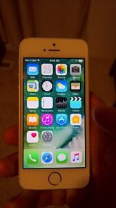 Factory unlocked 32gb iPhone 5s silver