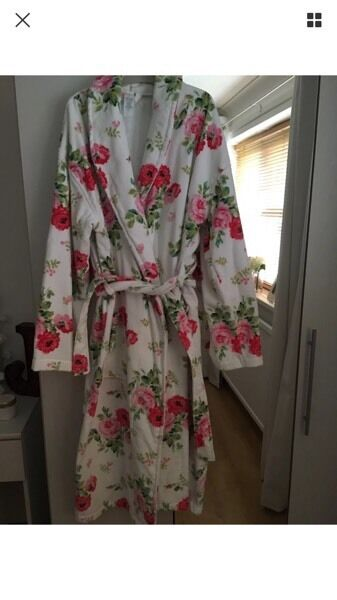 New cath kidston antique rose dressing gown | in Welwyn Garden City ...