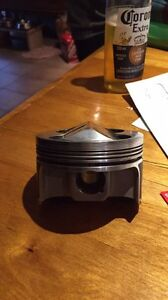 Piston forger h22a