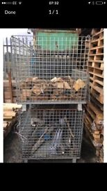 STACKING METAL CAGES