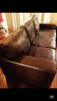 Great Condition Italian Leather Sofa Putney Ryde Area Preview