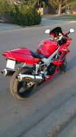 MUST SELL - Honda VTR 1000F (Firestorm) / Super Hawk - OBO