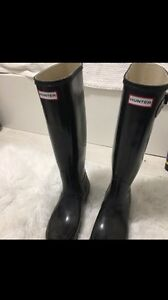 NEW HUNTER BOOTS SIZE 8  London Ontario image 1