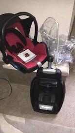 Maxi cosi car seat and easyfix base