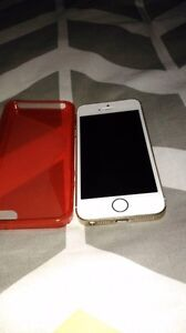 Absolutely Mint IPhone 5s Telus/Koodo 16 gig