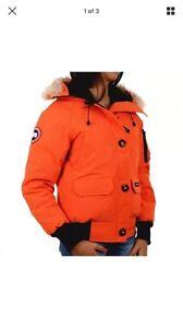 New Authentic Canada Goose Chilliwack ladies small s orange