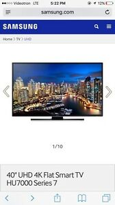 "40"" UHD 4K Flat Smart TV HU7000 Series 7"