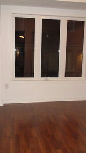 Condo townhouse with underground parking included