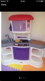Little tikes gourmet kitchen