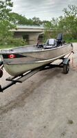 14 Foot aluminum boat with trailer and motor 9 horse