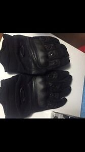 Oakley forces gloves Kitchener / Waterloo Kitchener Area image 1