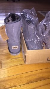 Size 9 ugg boots brand new
