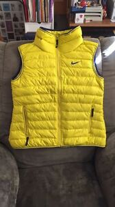 BRAND NEW NIKE VEST Kitchener / Waterloo Kitchener Area image 1