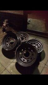 "Land Rover 16"" modular wheels, 4x4 off road mud"