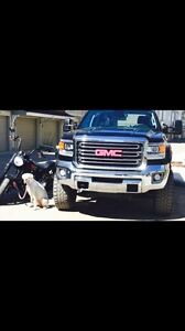 Lifted diesel- 2015 GMC 2500HD SLT in mint condition