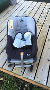 Selling chicco car seat!!!