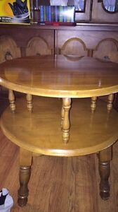 End table Windsor Region Ontario image 1
