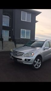 2006 Mercedes Ml500, First $7000 takes it