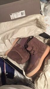 Yeezy 750's Chocolate Brown Size 10