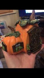 Partylite pumpkin house - Halloween