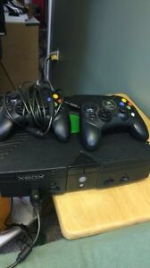 Xbox with 2 controllers and 28 games!