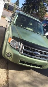 2008 Ford Escape fully loaded great for winter