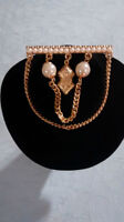 Brooch chain and pearl