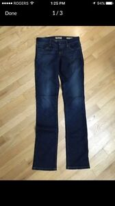 Brand New Guess Jeans size 25
