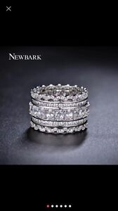 Newbark Luxury Wide Circle Ring - size 6